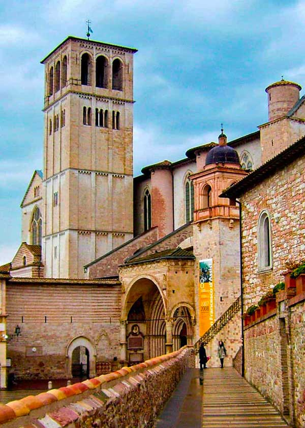 assisi-basilica-of-st-francis-italian-gothic-372479